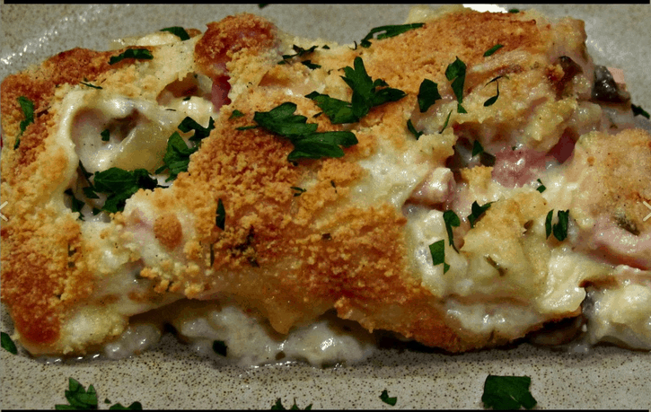 Chicken Cordon Bleu Casserole - Low Carb - 50 Easy Weeknight Casserole Recipes