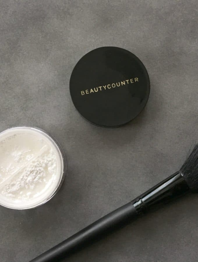 Beautycounter Mattify Skin Finishing Powder | Healthy Living in Body and Mind